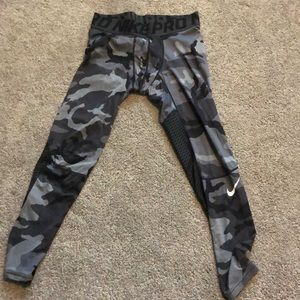 TWO Men's Nike Pro Compression Tights
